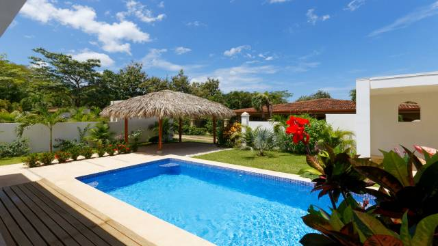 Home for sale in Costa Rica at a very competitive price...
